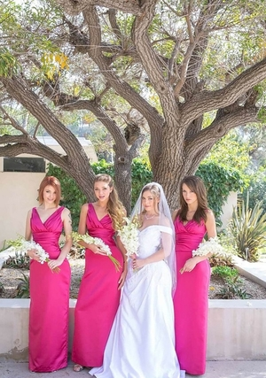 Chick in wedding dress and additionally maids of honor adore having hot lez entertainment