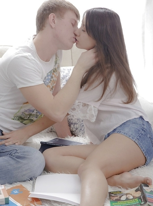 Immature Russian sex partners practice oral caresses and pussy-penetration