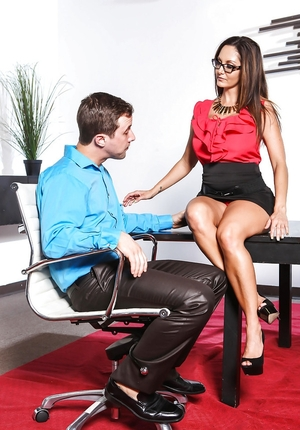 Office whore with big knockers gives head and moreover enjoys powerful frictions of subordinate