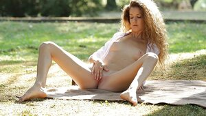 Chick rests under tree for quite some time because good masturbation can't be fast