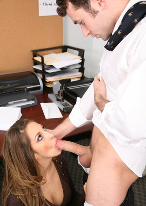 Raunchy office worker makes unique dame employee spread legs as soon as she joins